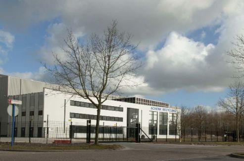Almere - revitalisatie bedrijfsgebouw - Bolderweg 22